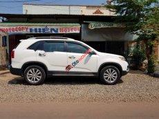 Bán lại xe Kia Sorento sản xuất năm 2012, màu trắng, xe gia đình