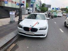 Bán xe BMW 750Li 2011 màu trắng, nhập Châu Âu