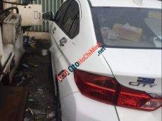Cần bán xe Honda City 1.5 CVT sản xuất năm 2015, màu trắng