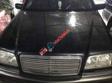 Bán xe Mercedes C200 đời 2000, màu đen, nhập khẩu