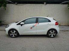 Bán ô tô Kia Rio đời 2014 AT, màu trắng, xe nhập, 420 triệu