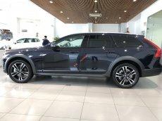Bán Volvo V90 T6 Cross Country, màu đen, nhập khẩu mới