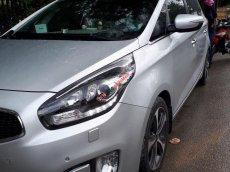 Bán xe Kia Rondo 2.0AT, bản GATH, đời 2015, màu trắng, biển SG
