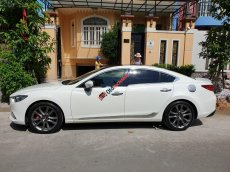 Cần bán gấp Mazda 6 2.5 năm 2016, màu trắng