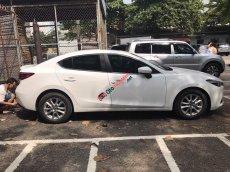 Bán Mazda 3 1.5 đời 2017, màu trắng, chính chủ