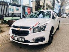 Cần bán Chevrolet Cruze 1.8LTZ đời 2016, màu trắng, xe gia đình