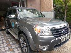 Cần bán Ford Everest Limited năm sản xuất 2011, màu xám (ghi)