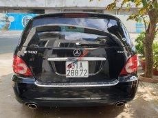 Bán xe Mercedes R 500- máy V8, đời 2009, màu đen, nhập khẩu nguyên chiếc, giá chỉ 525 triệu