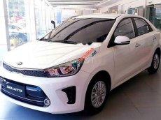 Cần bán Kia Rio sản xuất năm 2019, màu trắng