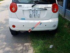 Cần bán xe Chevrolet Spark MT 2015, màu trắng, giá chỉ 165 triệu