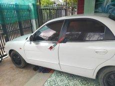 Cần bán xe Daewoo Nubira đời 2002, màu trắng, xe nhập chính chủ