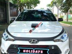 Bán Hyundai i20 Active 1.4 sản xuất năm 2015, màu trắng, nhập khẩu nguyên chiếc, giá 477tr