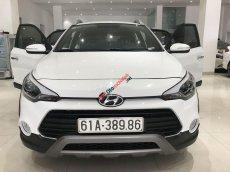 Bán Hyundai i20 đời 2017, màu trắng, nhập khẩu nguyên chiếc chính hãng
