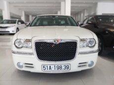 Bán xe Chrysler 300C Limited model 2010, xe đẹp, sang trọng, biển SG, giá 980tr