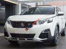 Cần bán lại xe Peugeot 3008 đời 2018, màu trắng còn mới