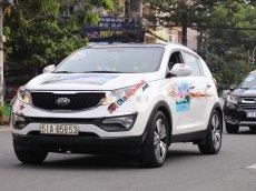 Cần bán gấp Kia Sportage 2.0AT năm sản xuất 2014, màu trắng giá cạnh tranh