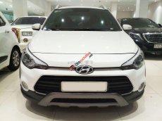 Cần bán xe Hyundai i20 Active 1.4AT năm 2017, màu trắng, nhập khẩu nguyên chiếc số tự động