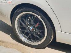 Bán xe BMW 3 Series 320i 2010, màu trắng, nhập khẩu