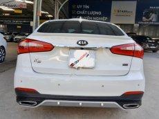 Cần bán Kia K3 2.0 AT sản xuất năm 2015, màu trắng, giá tốt