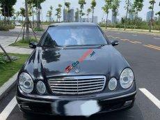 Cần bán gấp Mercedes E240 năm sản xuất 2003, màu đen, 255 triệu