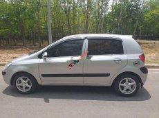 Cần bán Hyundai Getz 1.1 đời 2010, màu bạc, nhập khẩu nguyên chiếc xe gia đình giá cạnh tranh