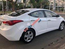 Bán xe Hyundai Elantra năm sản xuất 2013, màu trắng giá cạnh tranh