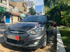 Cần bán Hyundai Accent sản xuất 2011, màu xám, chính chủ