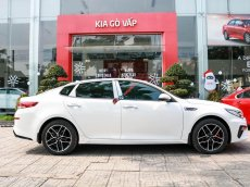 Kia Phú Mỹ Hưng bán xe Kia Optima 2.4 GT-line đời 2020, màu trắng
