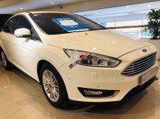 Bán Ford Focus Titanium đời 2018, màu trắng