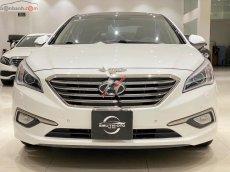 Bán Hyundai Sonata 2.0 AT 2015, màu trắng, xe nhập