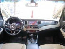 Cần bán xe Kia Rondo 2.0G AT đời 2016, màu bạc còn mới, giá chỉ 490 triệu