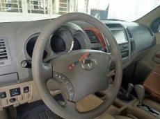 Bán Toyota Fortuner AT năm sản xuất 2009 giá cạnh tranh