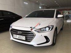 Bán Hyundai Elantra 2.0AT sản xuất 2017, màu trắng số tự động