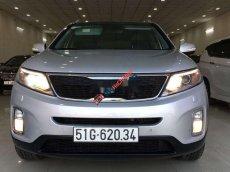 Bán Kia Sorento sản xuất 2015, màu bạc số tự động, giá 665tr