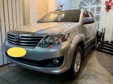 Bán Toyota Fortuner năm sản xuất 2013, màu bạc số tự động giá cạnh tranh