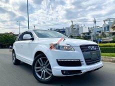 Bán Audi Q7 năm sản xuất 2008, màu trắng, xe nhập