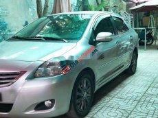 Cần bán Toyota Vios E năm 2011, màu bạc số sàn, 276 triệu