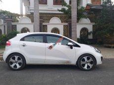 Xe Kia Rio sản xuất năm 2013, màu trắng, nhập khẩu giá cạnh tranh