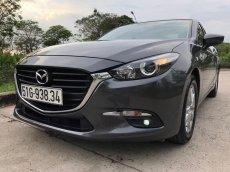 Bán Mazda 3 1.5 đời 2019, màu xám. Xe gia đình sử dụng