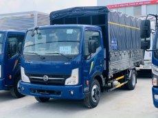 Xe tải NISSAN thùng mui bạc 3T5 trả trước 120tr giao xe ngay.Hỗ trợ trả góp lên đến 80%