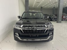 Bán Toyota Land Cruiser 4.5 máy dầu 2021, mới 100%, xe có sẵn giao ngay.