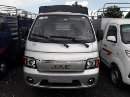 Xe tải Jac 990kg thùng bạt tiêu chuẩn đời 2019