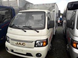 Bán xe tải Jac X150 thùng kín đời 2019 - Jac 1 tấn 5 thùng dài 3.2m