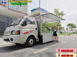 Xe tải JAC X150 tải trọng 1T5 thùng cánh dơi phiên bản màu trắng tải nhẹ