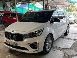Bán xe Kia Sedona đời 2019, màu trắng, như mới