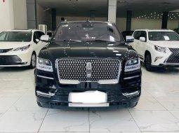 Bán Lincoln Navigtor L Black Label màu đen, sản xuất 2019, đăng ký 2020, xe mới 99,9%.