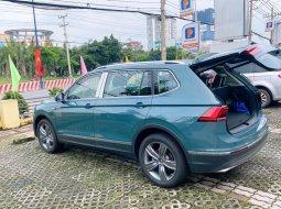 Bán xe Volkswagen Tiguan đời 2021, màu xanh lục, nhập khẩu